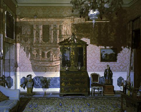 Camera47_Venice-Livingroom